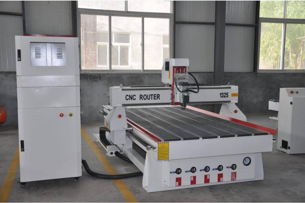 CNC雕刻机1325 CNC铣床